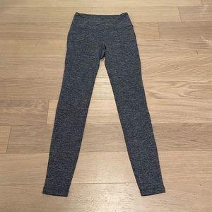 Athleta herringbone leggings back pockets XS